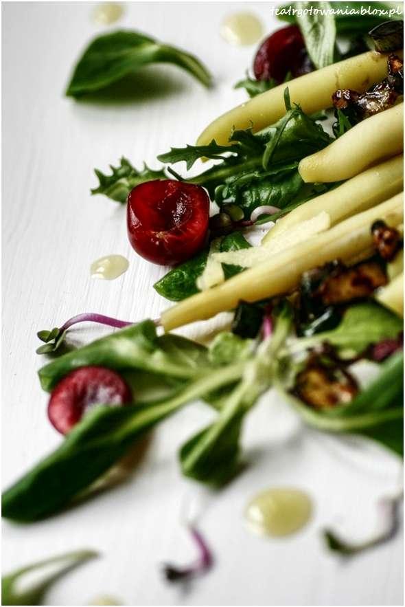 fasolka, pistacje, czereśnie, imbir, dymka